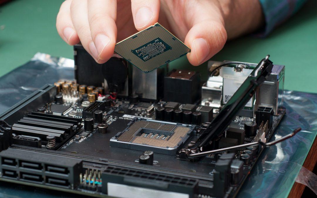 Nhân viên kỹ thuật máy tính