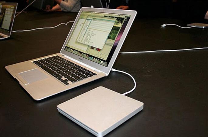 lỗi không thể kết nối ổ cứng với Macbook